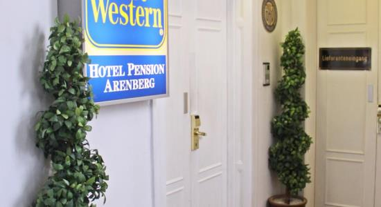taxi transfer from vienna schwechat airport to best western hotel pension arenberg