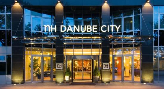 taxi transfer from vienna schwechat airport to hotel nh danube city