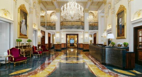 taxi transfer from vienna schwechat airport to hotel imperial vienna