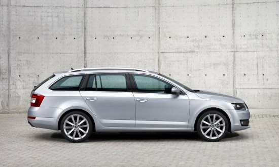 wenen luchthaven taxi transfer skoda octavia station wagon