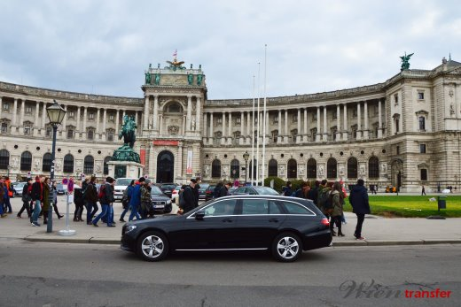 vienna sightseeing private tours